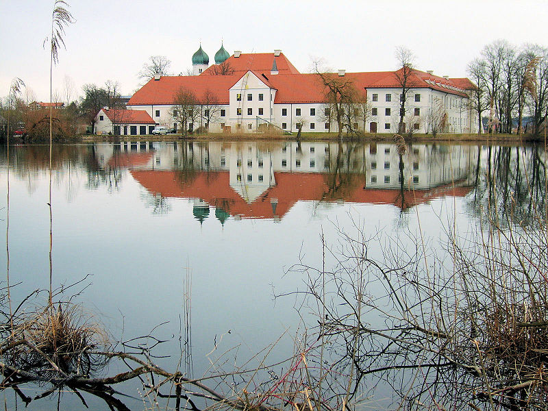 Kloster Seeon - Foto from Wikipedia User Schmidti under CC-license