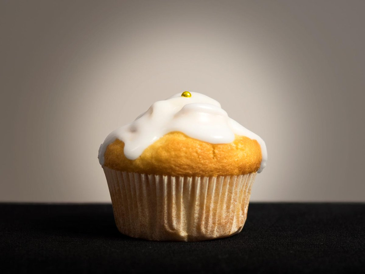 Muffins — having low-coverage deposition of gold nanoparticles for efficient taste